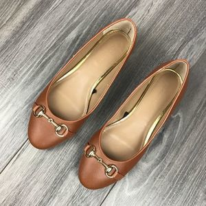 Banana Republic Flats Size 7.5